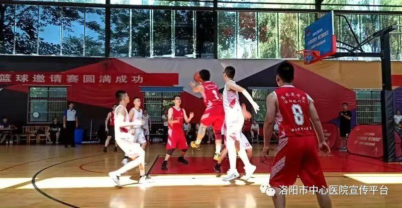 团结拼搏,奋勇争先——我院篮球队荣获亚军